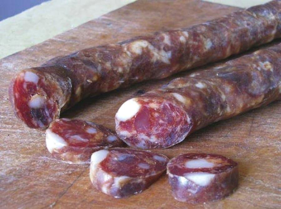 Grandi Salumi d'Italia. Masseria dei Trianelli: una salsiccia pezzente da primo premio