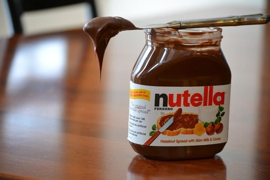 Cercasi assaggiatori di Nutella & co. Ferrero offre 60 posti per il lavoro più goloso del mondo