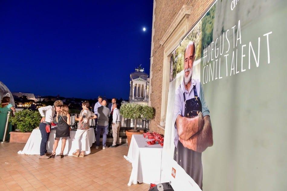 Degusta con il talent. Le foto della serata di vino e olio insieme a Giorgione
