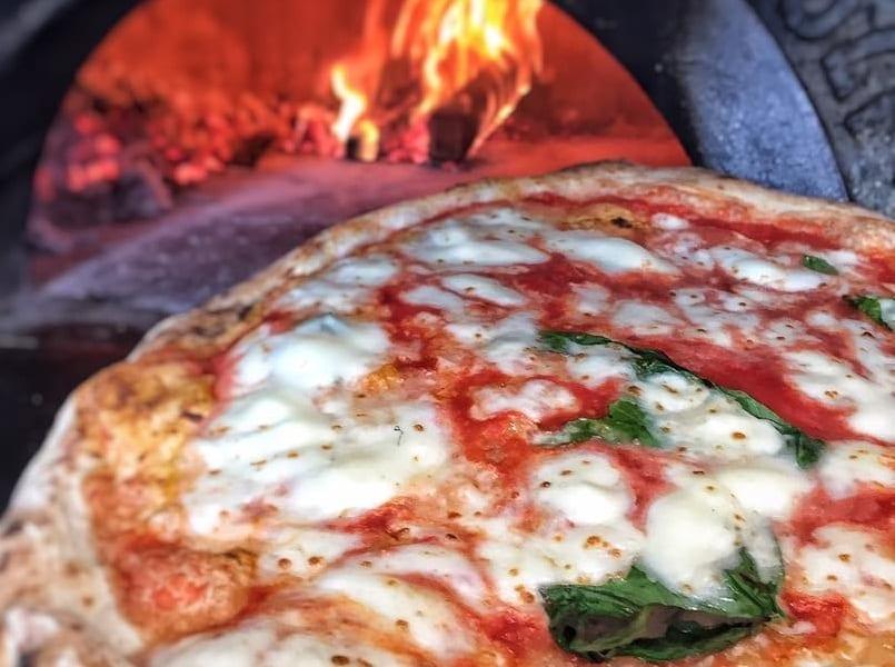 Fratelli Salvo, progetti per il futuro. Da Roma a Londra: e la pizza di San Giorgio a Cremano ferma a Waterloo Station