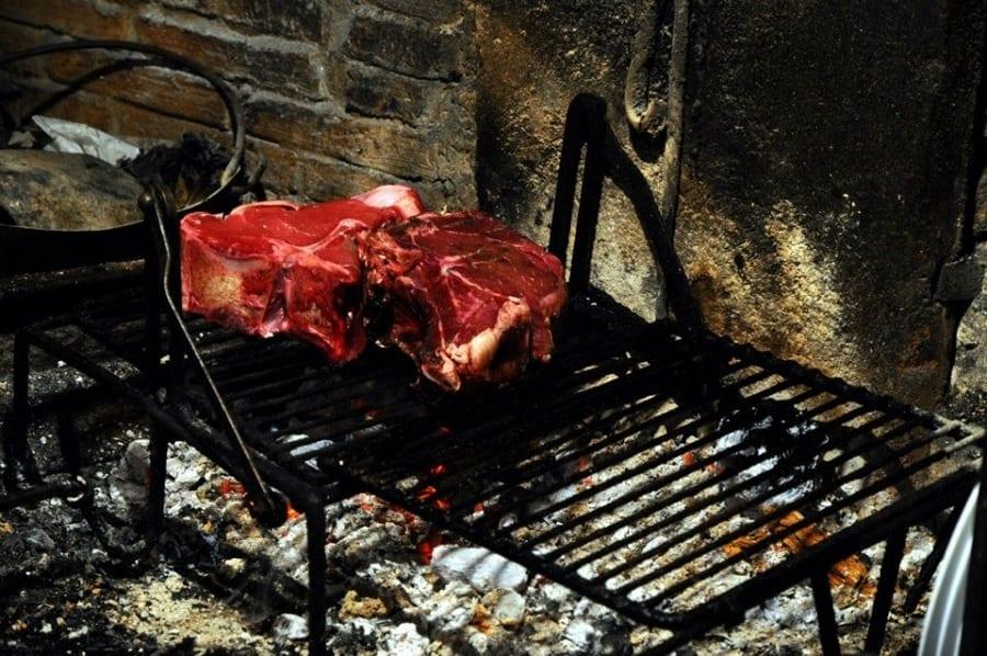 I migliori 13 ristoranti di carne al mondo secondo il Telegraph. L'Italia c'è, ma non basta