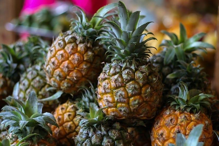 Il boom della frutta tropicale. Non solo avocado, agli italiani piacciono ananas e papaye. E le mele che fine fanno?