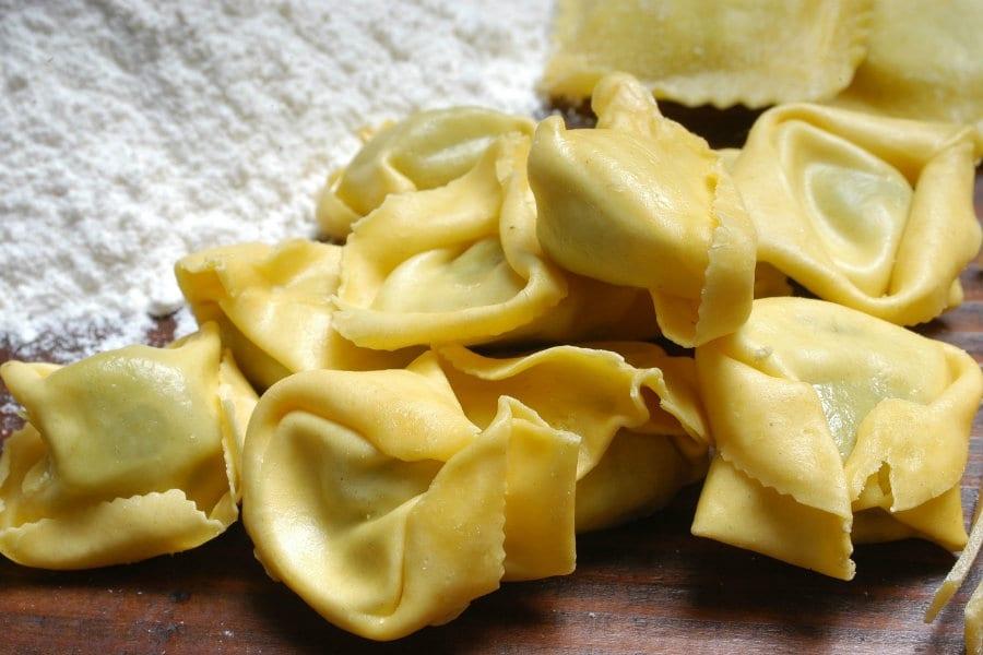 Cucina di casa. Le paste ripiene: Tortellini, Cappelletti e Ravioli ricotta e spinaci