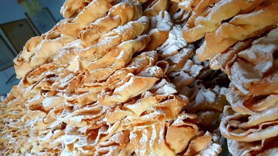 Pasticceria Simona: la bottega delle frappe di Ostia che apre solo a Carnevale