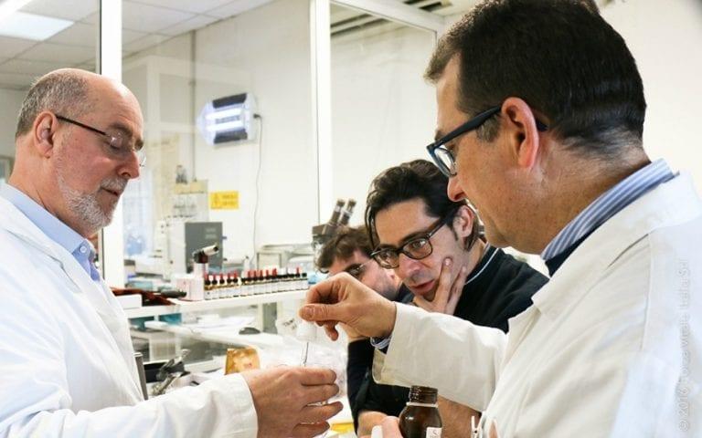 Aromi: come influenzano il gusto. E in Puglia scoprono l'uso degli oli essenziali in cucina