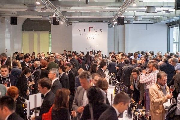 Vitae. La Guida Vini 2015 dell'Ais che valorizza il variegato territorio vinicolo della Penisola. Quattrocento vini (su 10mila) ottengono il massimo del punteggio