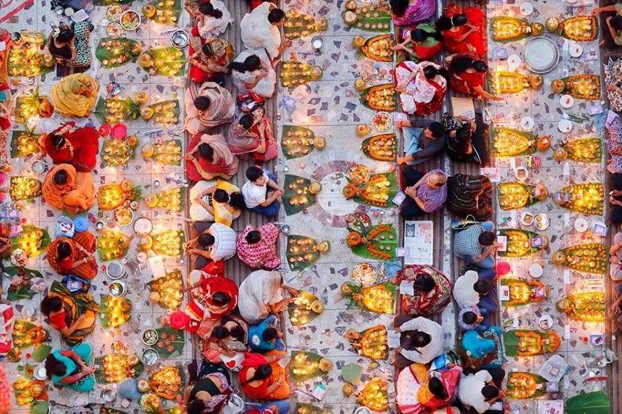 Pink Lady Awards 2018. I premi alle più belle foto di cibo: vince la preghiera nel tempio hindu