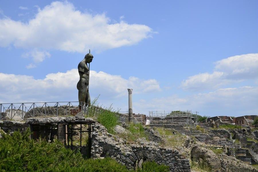 Dall'esicia omentata alla patina de apua fricta: il menu degli antichi romani agli Scavi di Pompei