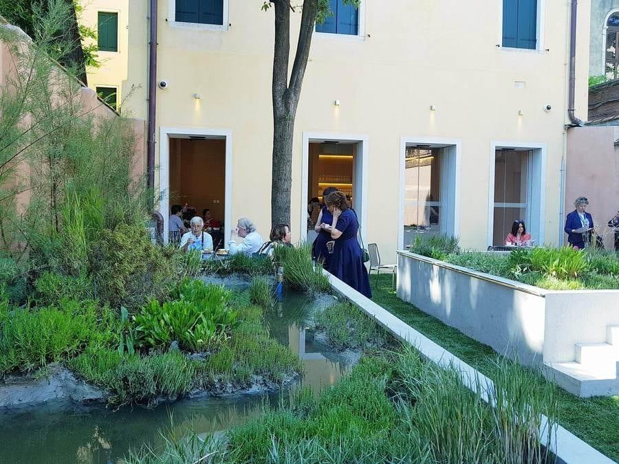 SudEst 1401 a Venezia. Il nuovo ristorante balcanico-siciliano per gli immigrati