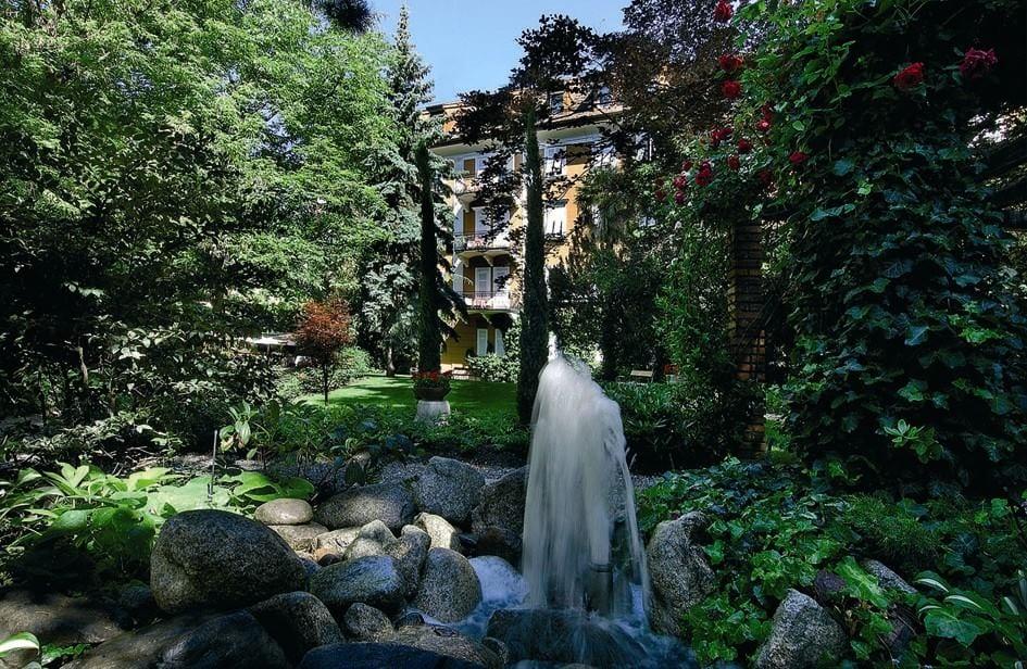 Il parco dell'Hotel Luna a Bolzano