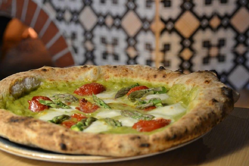 santarpia pizza pizza asparagi e
