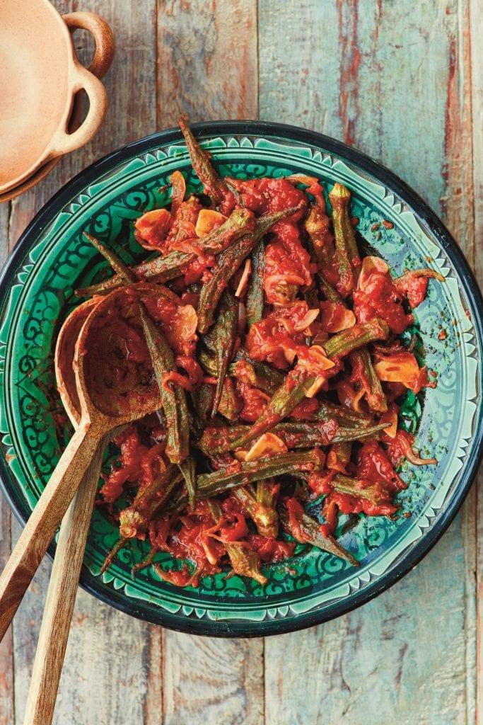 n piatto dal libro zaitoun: okra e pomodoro